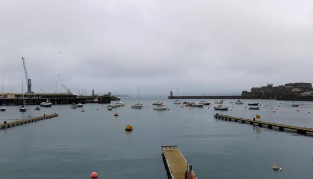 Puerto de Saint Peter, en la isla de Guernesey.
