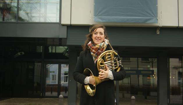 La pamplonesa Saioa Ocaña Sola, de 29 años, vive desde hace cinco años en Alemania, donde trabaja como músico en una orquesta.