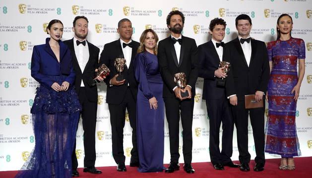 El reparto de la película 'La Favorita' en los premios Bafta.