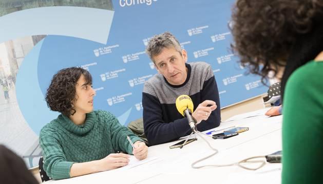 De izda. a dcha., Marisa Marqués y Jon Echeverría.