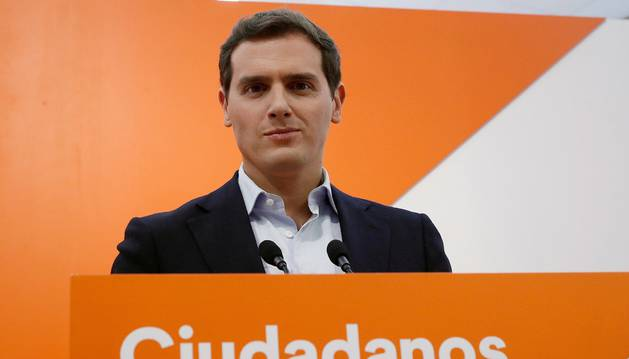 Foto del presidente de Ciudadanos, Albert Rivera, durante la rueda de prensa tras la reunión del Comité Permanente de Ciudadanos.
