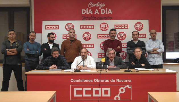 foto de Representantes de UGT y CC OO defienden el convenio de empresa TCC