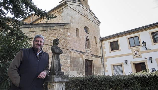 Benjamín Echeverría,  en el convento de Rocamador de Estella, hoy albergue de peregrinos.