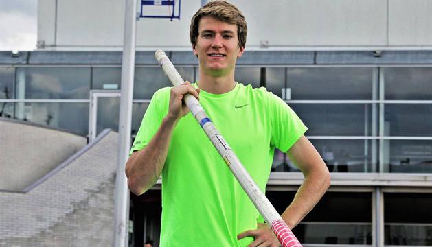 Adrián Vallés, en un entrenamiento del año pasado en Larrabide. Actualmente reside en Madrid.