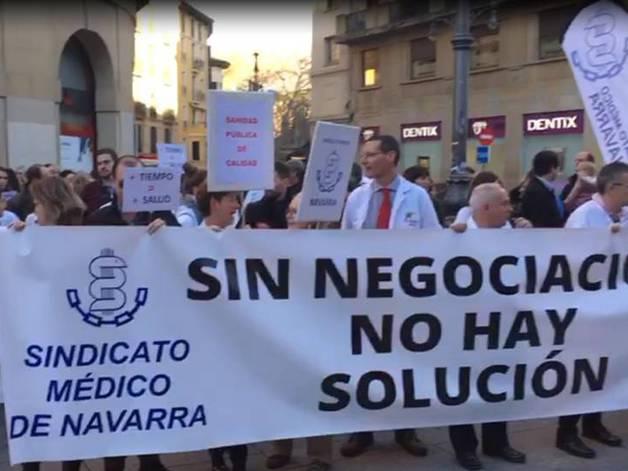 foto de Manifestación del Sindicato de Médicos de Navarra en tercera jornada de huelga