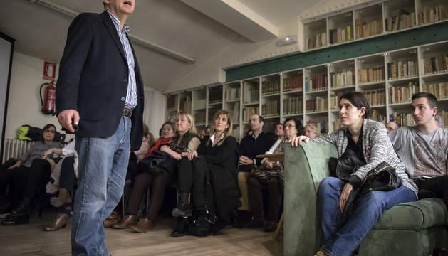 Santiago Posteguillo en el Club de Lectura de Diario de Navarra