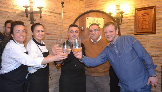 Sonia Tapia, Beatriz Martínez, Óscar Palacios, Mikel Zapiain y Álvaro Díez abrieron la Kupela.