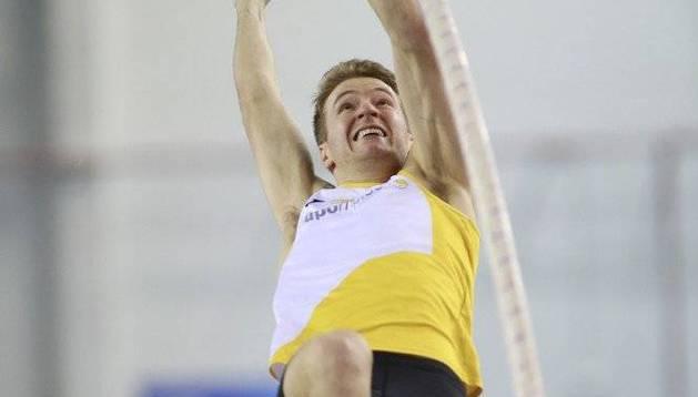 Adrián Vallés, este sábado en plena competición, que le valió el oro.