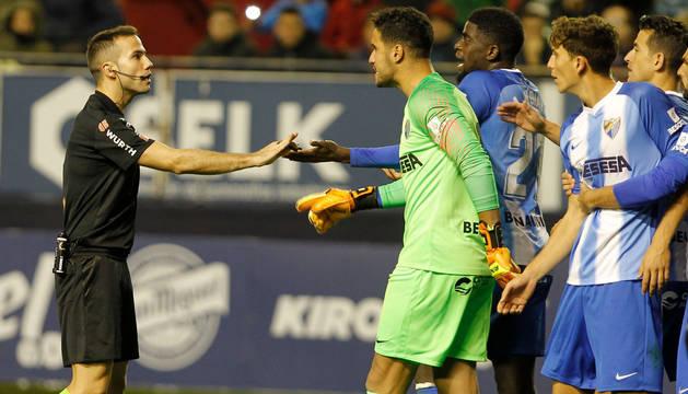 El Málaga vence en Majadahonda y se suma al pelotón de cabeza