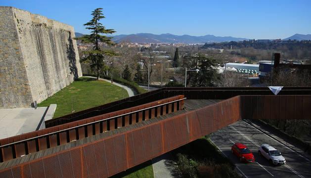 En 2016, el cuatripartito encargó un informe para rehabilitar la pasarela de Labrit
