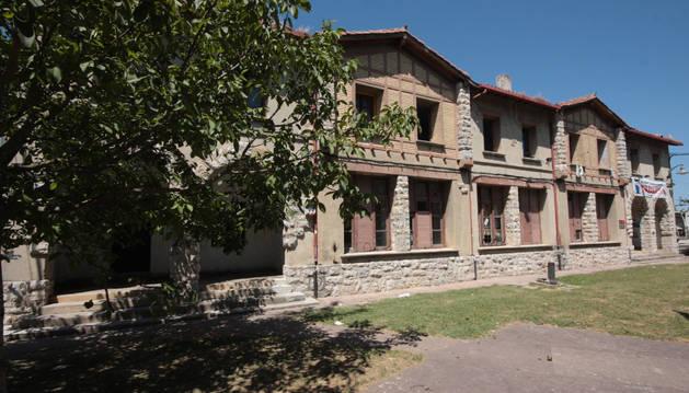 Una de las demandas de los vecinos es aprovechar las antiguas escuelas.