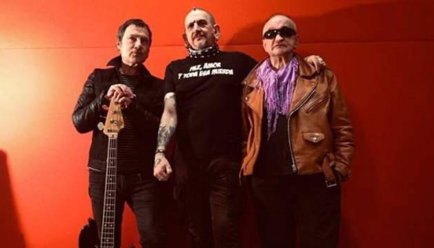 Abel Murua, Evaristo Páramos y Manolo García (Sume), miembros originales de La Polla Records, en la imagen que han publicado en redes sociales.