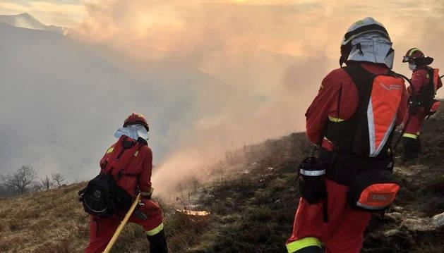 foto de Incendio forestal en Cantabria