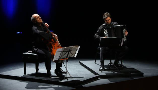 Asier Polo e Iñaki Alberdi, en el concierto del Baluarte.