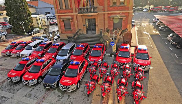 La nueva flota de vehículos de la Policía Foral.