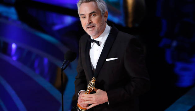 Alfonso Cuarón, tras recoger el premio de Mejor Dirección.