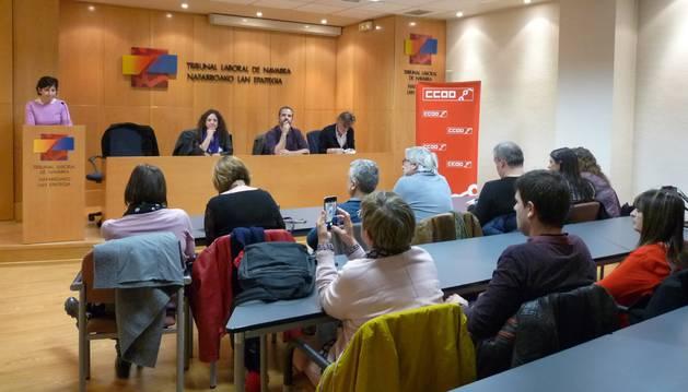 CC OO alerta de un empeoramiento en las condiciones laborales de la mujer en Navarra
