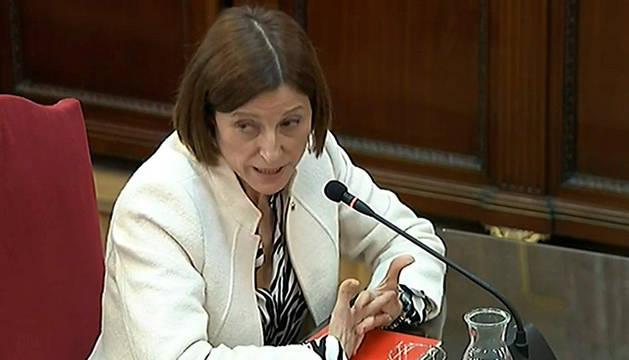 foto de La expresfidenta del Parlament Carme Forcadell durante su declaración en el juicio del