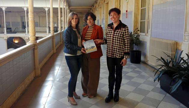 Presentado un libro que recoge el legado de la industrialización en Navarra