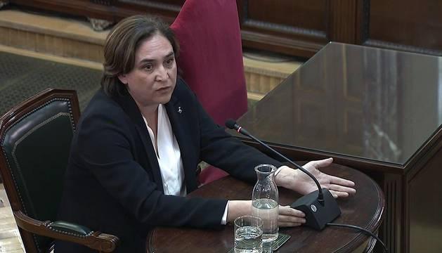 Captura de la señal institucional del Tribunal Supremo de la alcaldesa de Barcelona, Ada Colau, durante su declaración como testigo en el juicio del procés en el Tribunal Supremo.