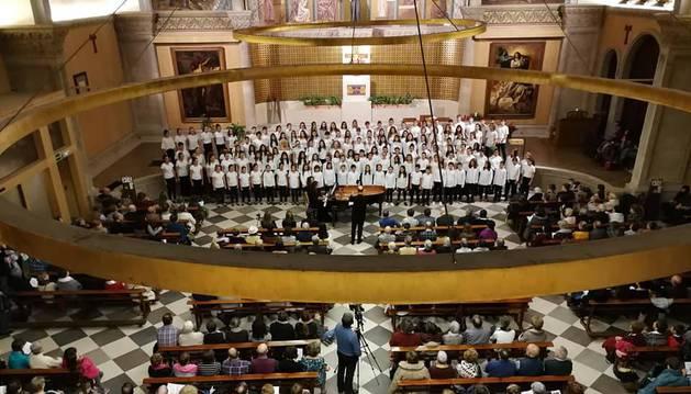 Imagen de uno de los conciertos de la obra 'Per Agrum' celebrados en la parroquia de San Antonio de Pamplona.