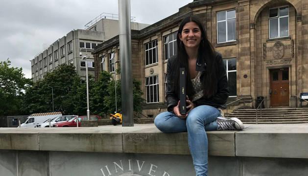 La pamplonesa Irene Pérez Pi, en la Universidad de Edimburgo.