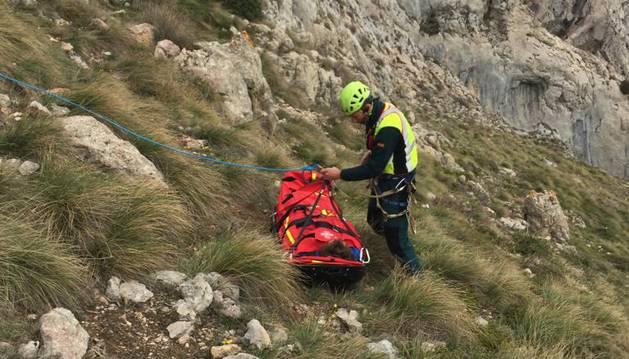 Rescate del montañero en el monte Yoar.