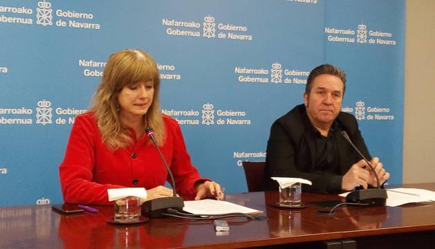 Ana Ollo y Pello Pellejero, durante la compareciencia ante la prensa.
