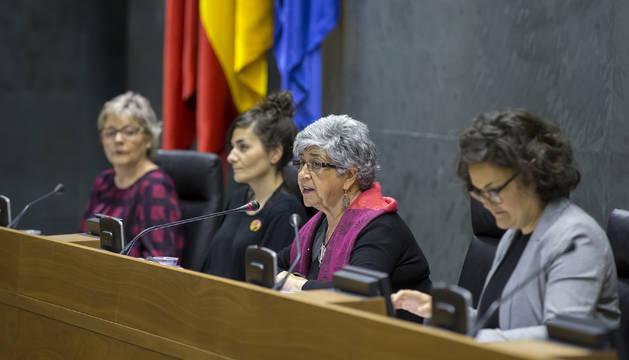 Foto del Parlamento celebró este martes un Pleno Social centrado en el análisis del impacto de las distintas olas feministas en Navarra.