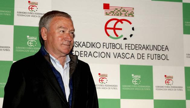 Javier Clemente, presentado como nuevo seleccionador vasco.