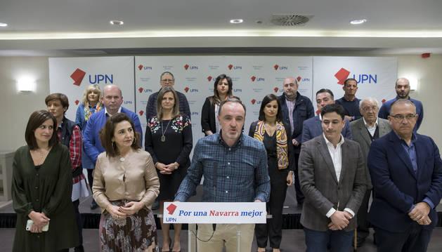 El líder de UPN, Javier Esparza, junto a miembros del Comité Ejecutivo de su partido, el pasado sábado.