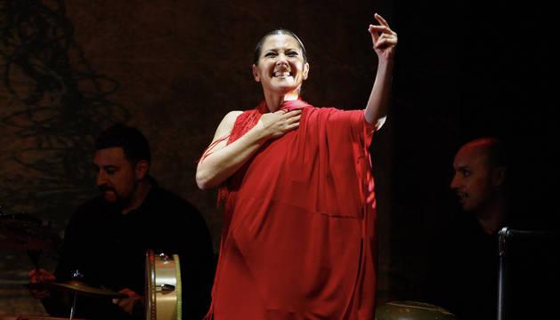 Sara Baras retumba con su farruca y pone en pie al público de Nueva York