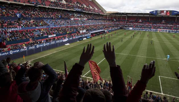 El Sadar congregó a un total de 10.250 espectadores en el partido de ayer, donde destacó la afluencia de niños.