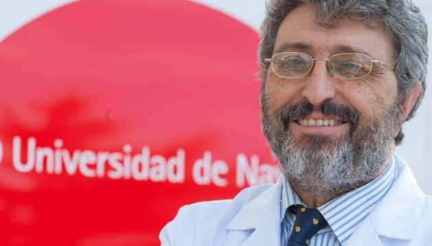 Foto del catedrático Alfredo Martínez.