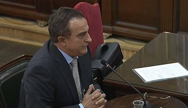 Foto del exjefe de la Comisaría General de Información de los Mossos dEsquadra, Manuel Castellví, declara en el Tribunal Supremo durante el juicio al Procés.