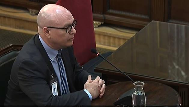 Foto del jefe de la comisaría general de planificación de seguridad de los Mossos, Emilio Quevedo, durante su declaración como testigo en el juicio del procés.
