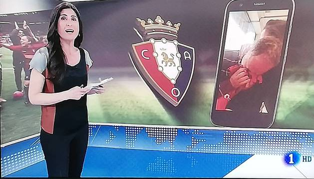 Foto de Lourdes García Campos presenta el vídeo en el Telediario 1.