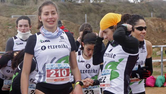 Foto de Maite González, con el resto del equipo, en el Cross de Cascante.