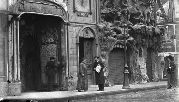 Estampa histórica del barrio parisino de Montmartre.