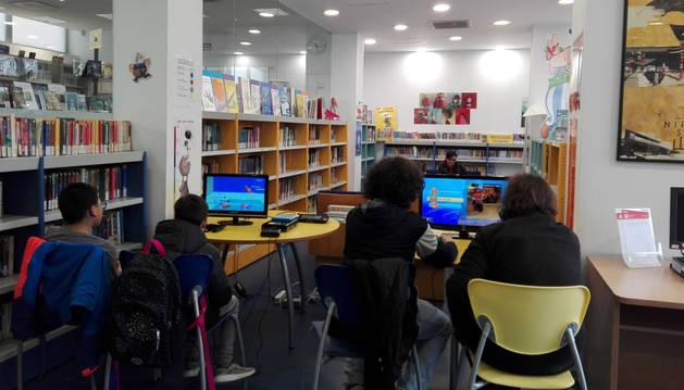 Sesión anterior de una jornada en la Biblioteca de Yamaguchi.