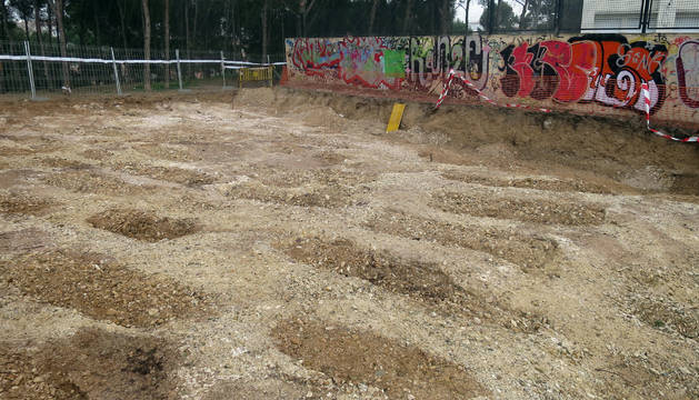 Imagen de algunas de las fosas excavadas en la zona de la Torre Monreal de Tudela.