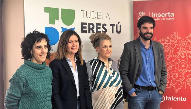 De izquierda a derecha: Marisa Marqués, Lorena Basols, Pilar Herrero y Eneko Larrarte.