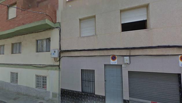 El incendio se ha producido en la calle Depósito Viejo de Elda (Alicante).