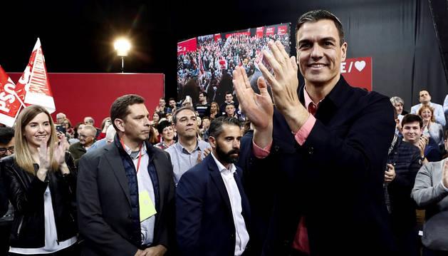 Sánchez defiende en Pamplona que el PSOE es
