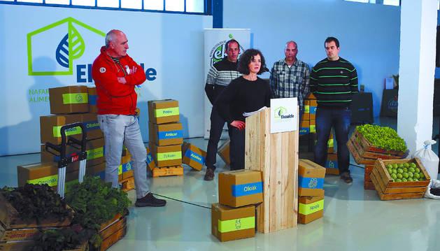 Momento de la inauguración del centro de acopio de productos ecológicos en Noáin.