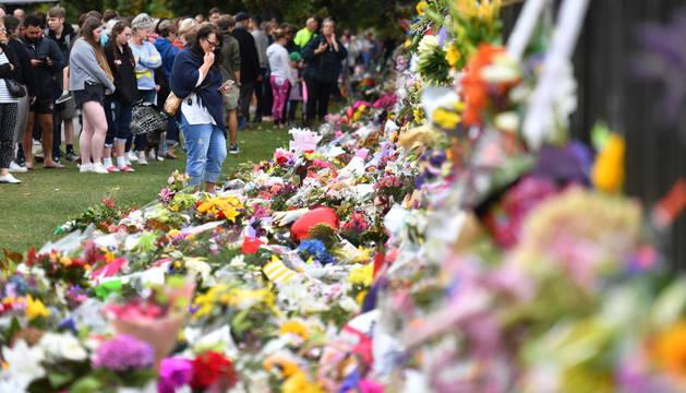 Tensa espera para recibir los cuerpos de las víctimas en la masacre de Nueva Zelanda