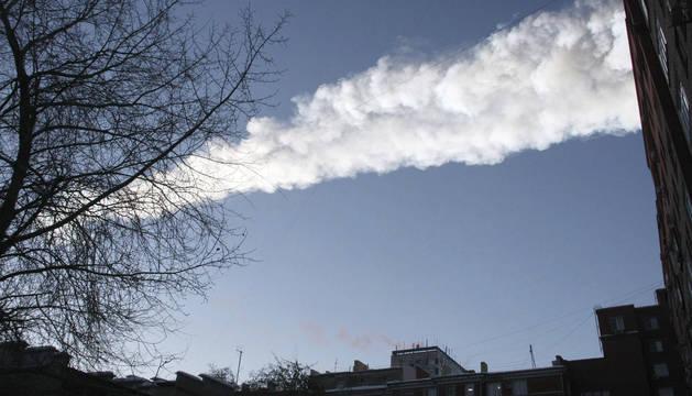Un meteorito se estrella en la región rusa de Cheliábinsk, hace seis años.
