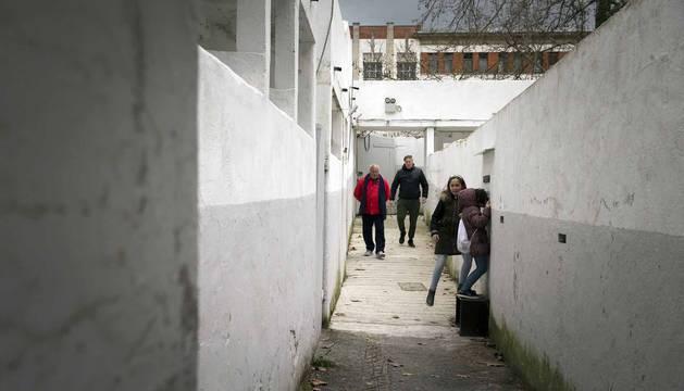 La plaza de toros de Pamplona vuelve a abrir sus puertas para quienes quieran conocer sus entrañas. El año pasado, 41.431 visitantes