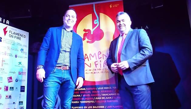 Ramón Alzórriz y Santo Cerdán en la presentación de Flamenco on fire.