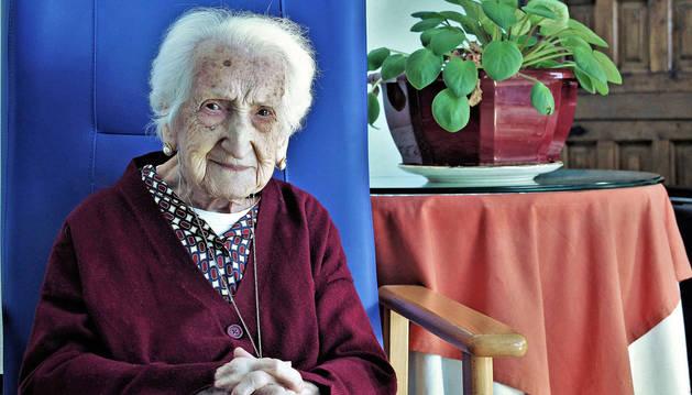 Inés Rodríguez, una centenaria que fue bordadora de la Institución Cunas